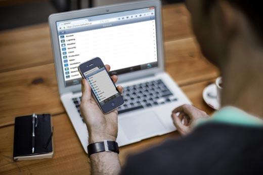 Fernzugriff über Web und mobile Geräte